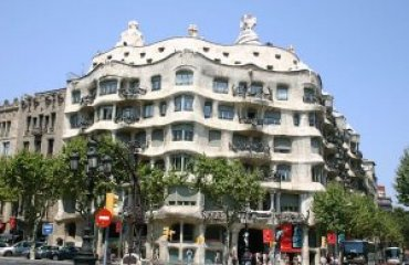 Casa Milà by Loveless licensed under the terms of CC BY-SA 1.0
