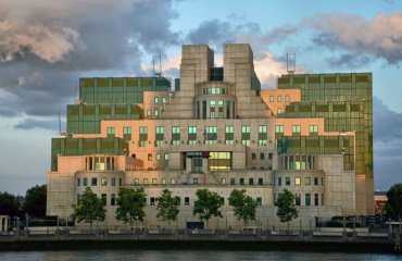 MI6 Building by Dun.can licensed under the terms of the CC BY 2.0