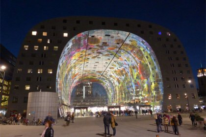 Markthal covert market by Paul Arps used under CC BY 2.0/Faces blurred from original