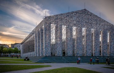 Marta Minujín- The Parthenon of Books by Heinz Bunse is licensed under CC BY-SA 2.0