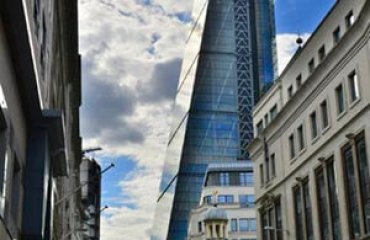 London, The Cheese Grater Building, Leadenhall Building, HDR by Martin Pettitt is licensed under CC BY 2.0