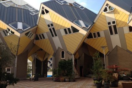 Cube houses in Rotterdam by Heather Cowper is licensed under CC BY 2.0