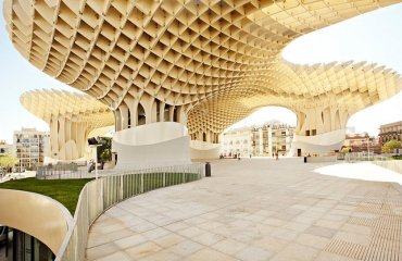 Metropol Parasol by Sevilla Congress & Convention Bureau is licensed under CC BY-SA 2.0